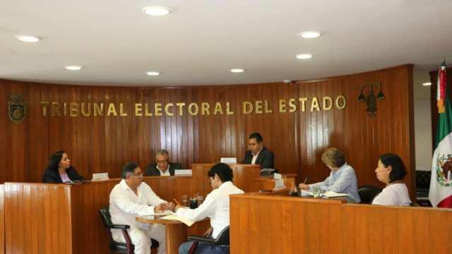 Sesión del Tribunal Electoral del Estado (TEE) (Tribunal Electoral del Estado)