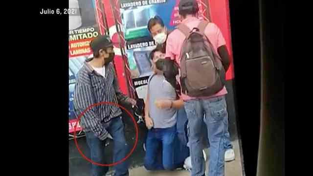 VIDEO Banda de asaltantes aplica la llave china a sus víctimas en Oaxaca