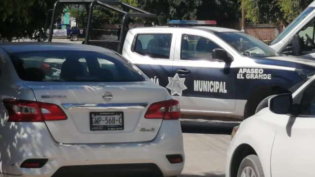 Policías en Apaseo el Grande, Guanajuato (Twitter: @MImportan)