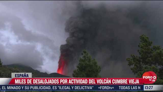 avanza lava del volcan de cumbre vieja en espana