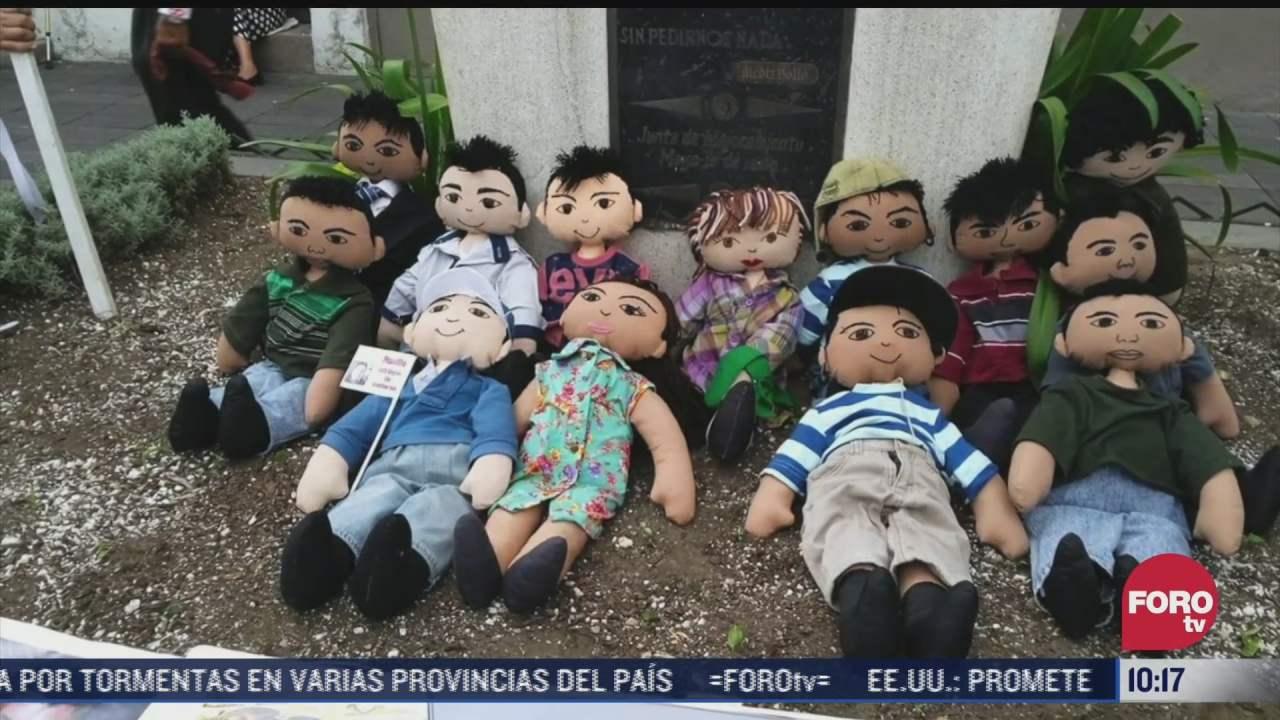 crean munecos sanadores para familias de desaparecidos
