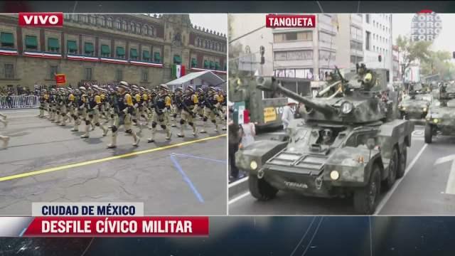 familias de cdmx disfrutan desfile militar del 16 de septiembre de