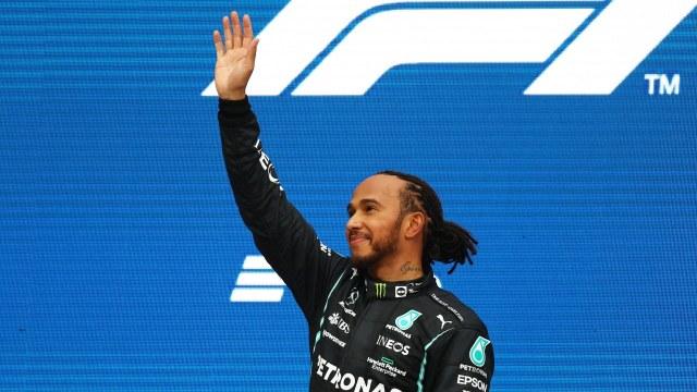Lewis Hamilton llega a 100 triunfos en Fórmula 1 al ganar Gran Premio de Rusia