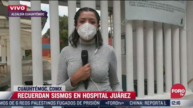llevan ofrendas a los fallecidos del hospital juarez durante el sismo del 19 de septiembre de
