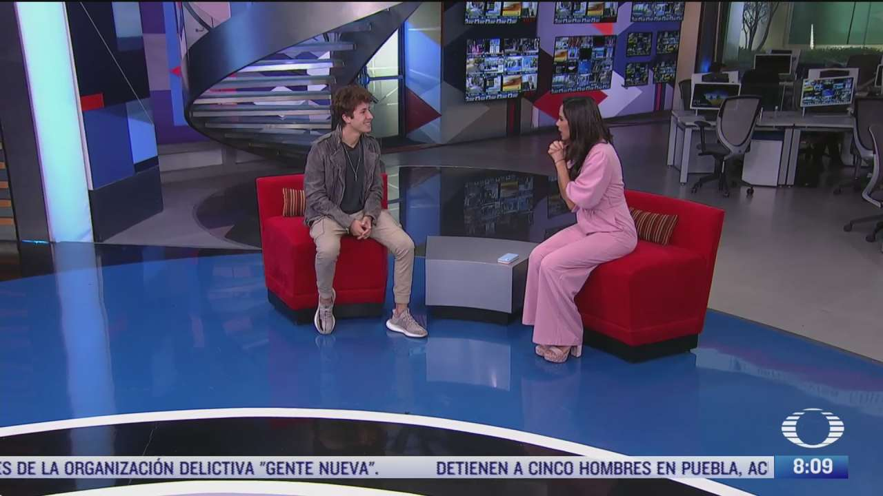 paola rojas entrevista a juanpa zurita sobre la asociacion love army mexico