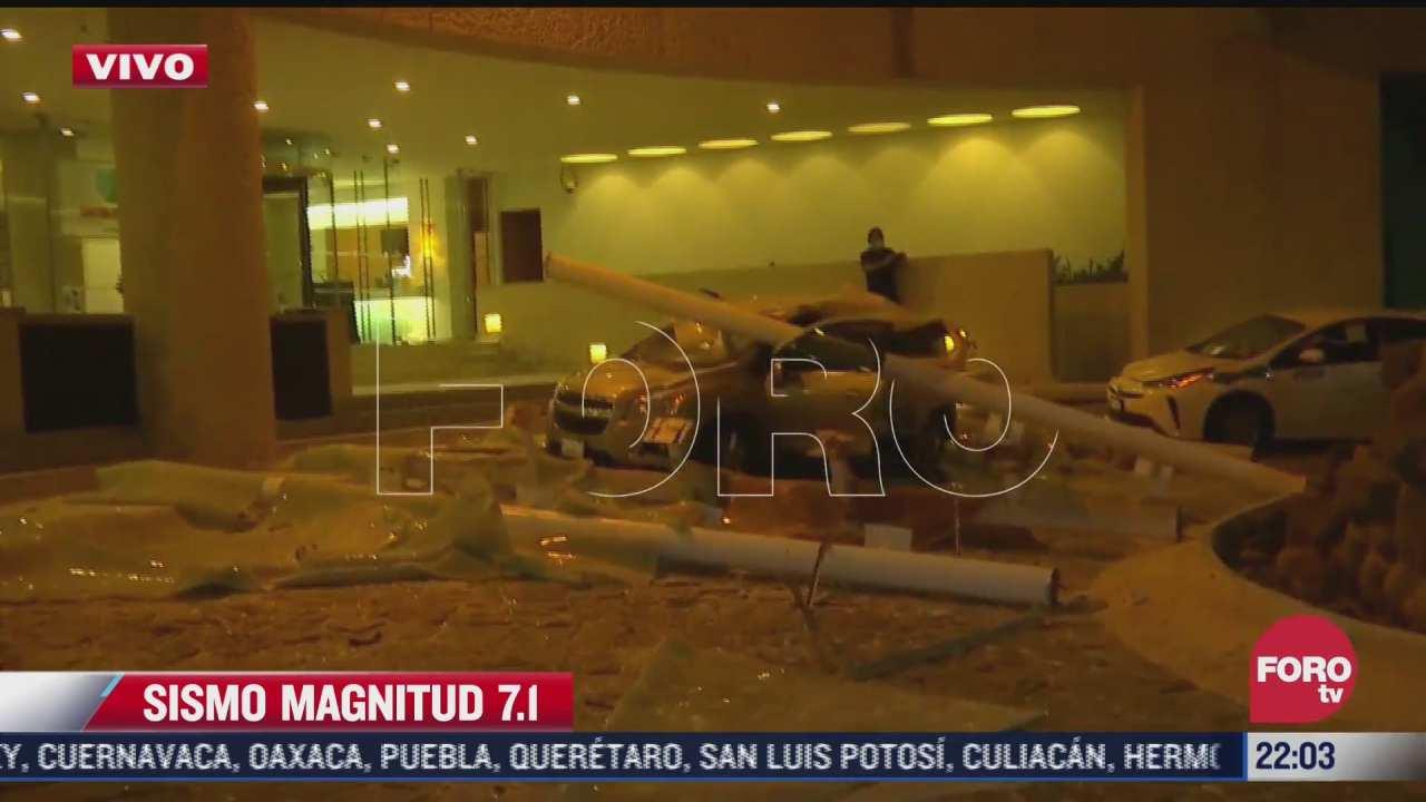 se desploma techo del lobby de hotel en acapulco sobre un carro tras sismo