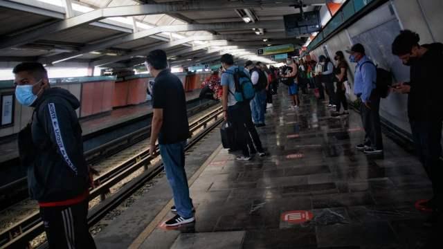 Usuarios del Metro, en la CDMX