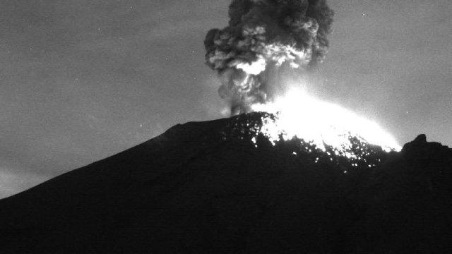 Volcán Popocatépetl registra fuerte explosión de madrugada
