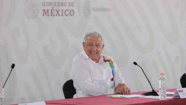 AMLO refrenda todo el apoyo del Gobierno a Evelyn Salgado, gobernadora de Guerrero