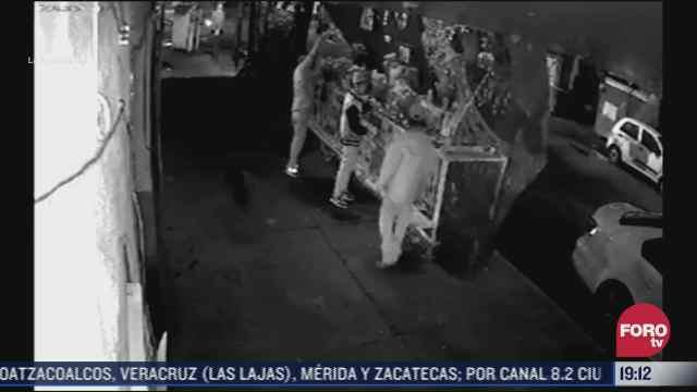 asi robaron objetos de una ofrenda en calles de benito juarez cdmx