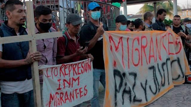 Avanza caravana migrante desde el municipio de Tapachula, Chiapas