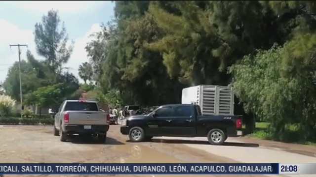 localizan seis cuerpos calcinados adentro de camioneta en guanajuato