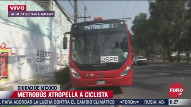 metrobus atropella a ciclista en avenida eduardo molina cdmx