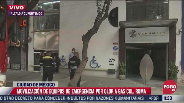 movilizacion de equipos de emergencia por olor a gas en la colonia roma