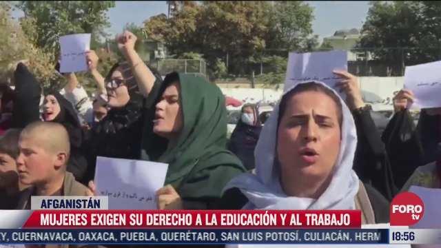 mujeres de afganistan protestan contra el silencio de la comunidad internacional