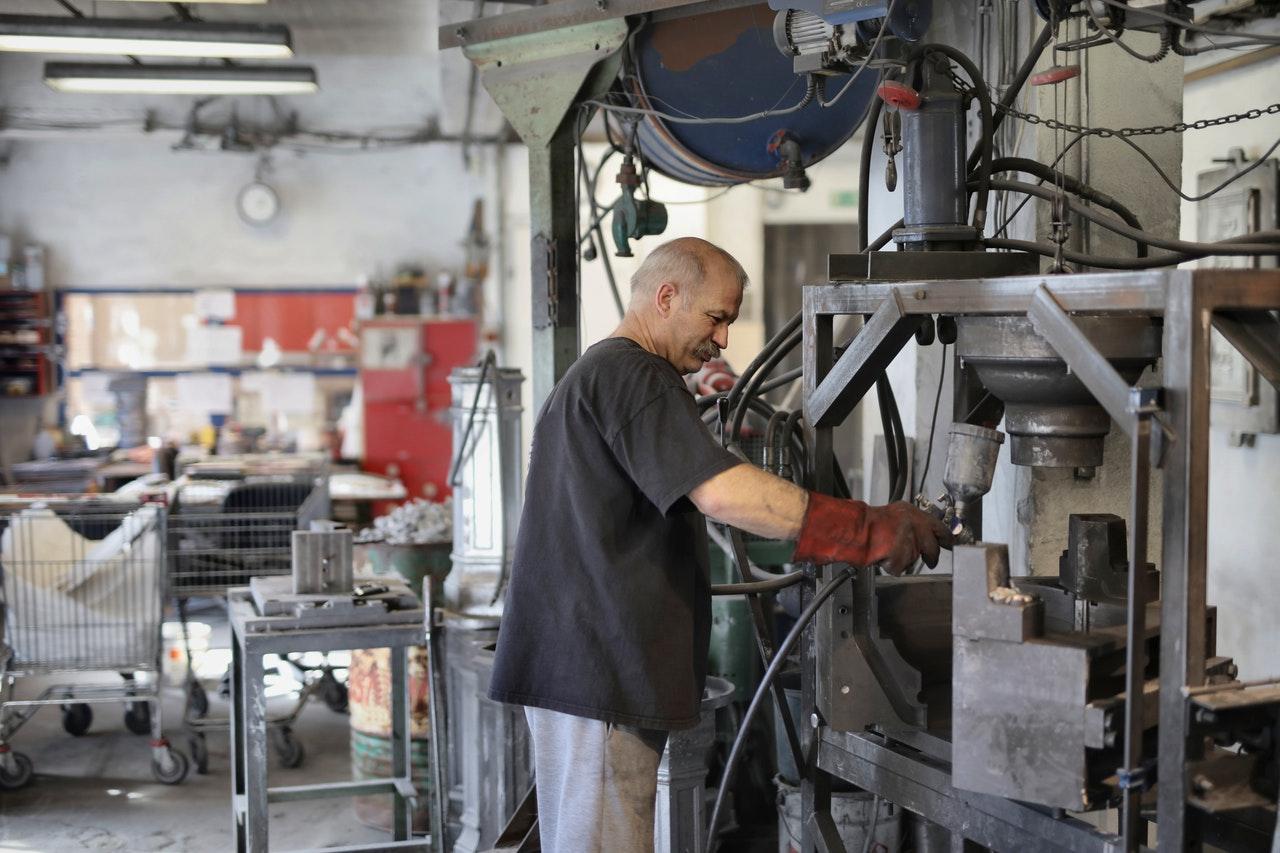 Trabajo: Fábrica de vidrio busca mexicanos en Estados Unidos