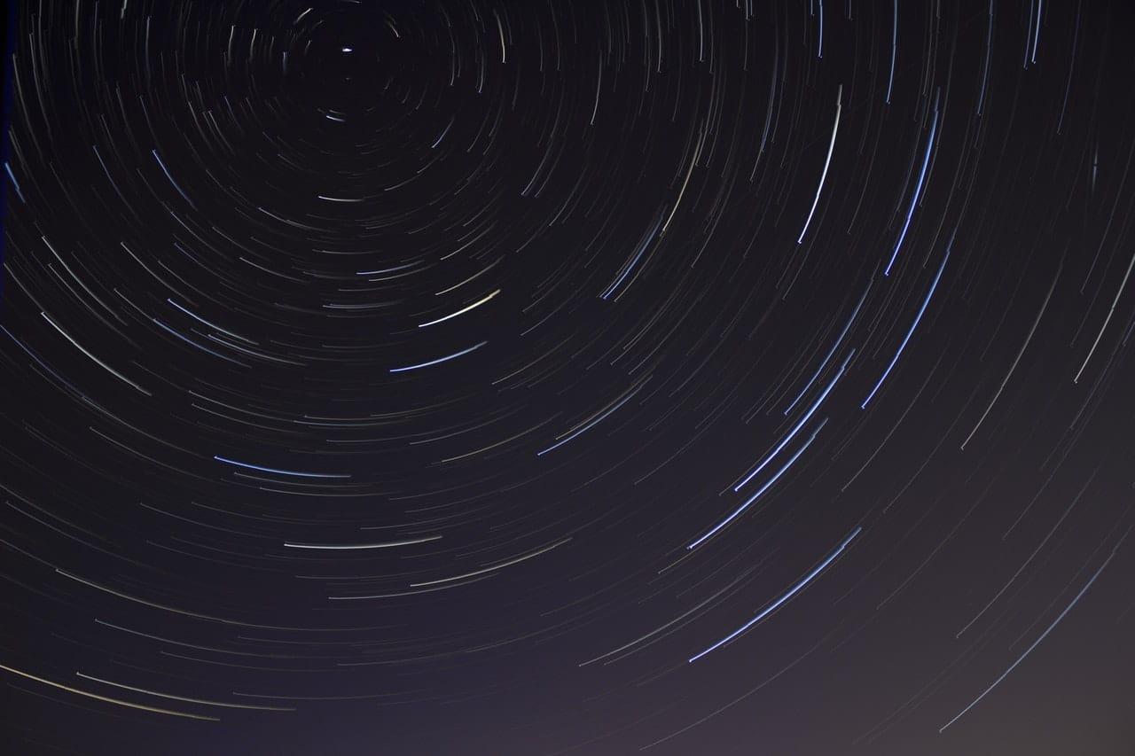 ¿Cómo ver la lluvia de estrellas Dracónidas en México?