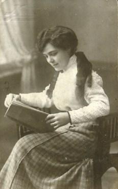 exposicio dones del llibre