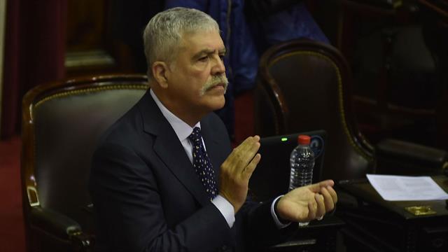 Photo of La Justicia habría rechazado el pedido de detención del diputado Julio De Vido