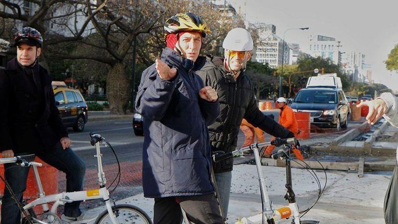 Photo of El Gobierno designó una «Director de Movilidad en Bicicleta» que cobrará 70 mil pesos por mes