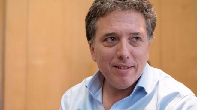 Photo of Dujovne: «Yo veo en Macri al líder político más importante de las últimas décadas»