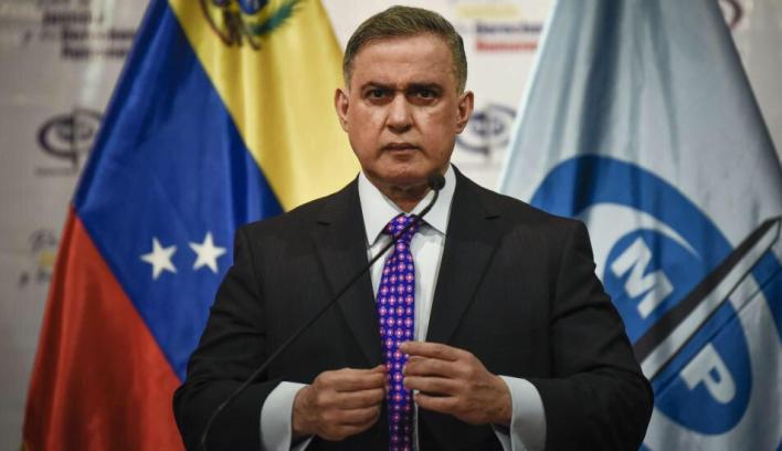 El Tribunal Supremo de Justicia de Venezuela prohibió al autoproclamado presidente, Juan Guaidó, salir del país, y congeló sus cuentas.