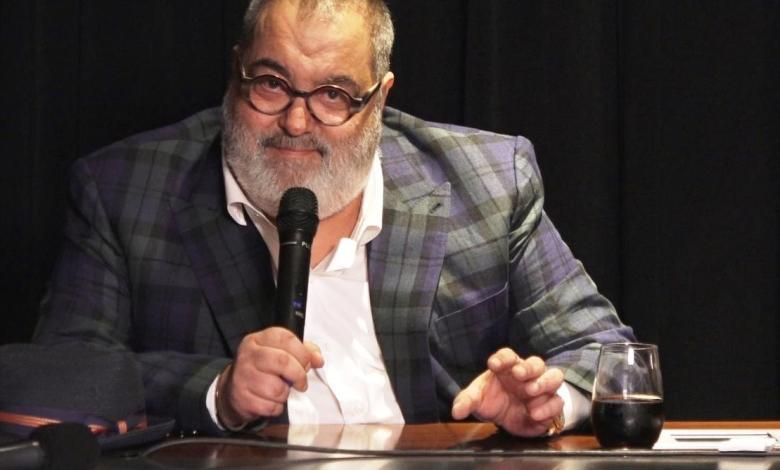 El anuncio de un presunto lanzamiento de la miniserie del sicario informativo, Jorge Lanata, en Netflix, generó un aluvión de críticas a la plataforma en redes sociales.