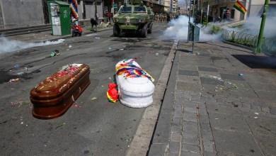 Photo of Militares bolivianos reprimieron un velorio