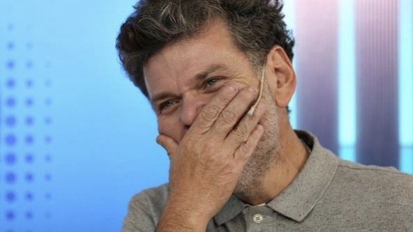 Photo of Casero se queda en el país y apuesta al fracaso de Alberto
