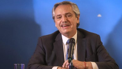 """Photo of Legisladores del PRO quieren declarar """"persona no grata"""" a Alberto Fernández"""