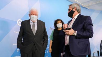 Photo of El Gobierno viajó a Rusia por la vacuna contra el coronavirus
