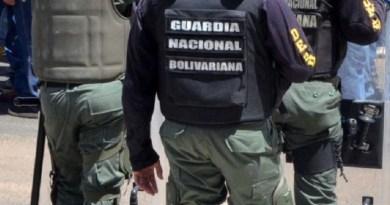 Detienen a funcionario de la GNB y tres civiles por vender gasolina en dólares