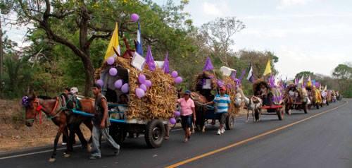 Devotos listos para peregrinación de la Virgen de los Remedios en Quezalguaque.