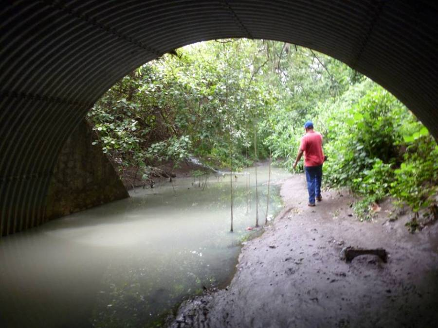 El Río Chiquito aún no se libra de su contaminación