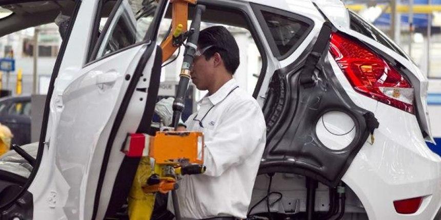 Armadoras de autos en México pagan 10 veces menos que en EU