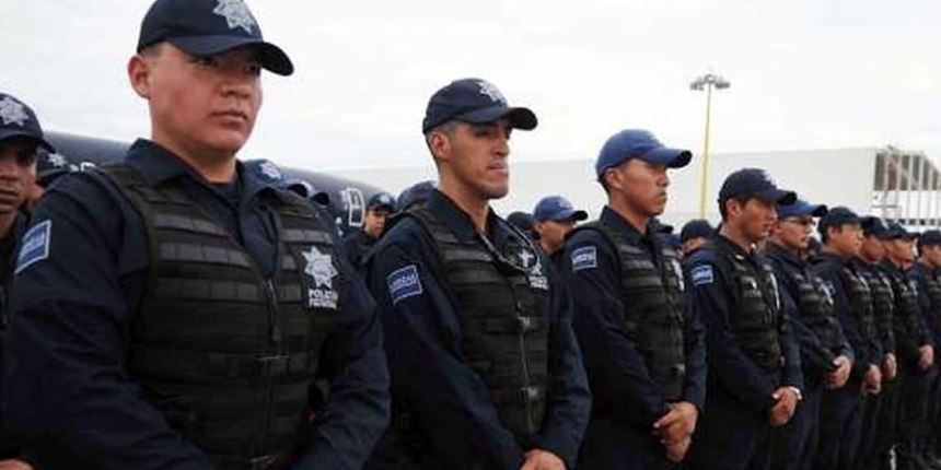 Policías mexicanos trabajan más horas de las que establece la ONU como estándar