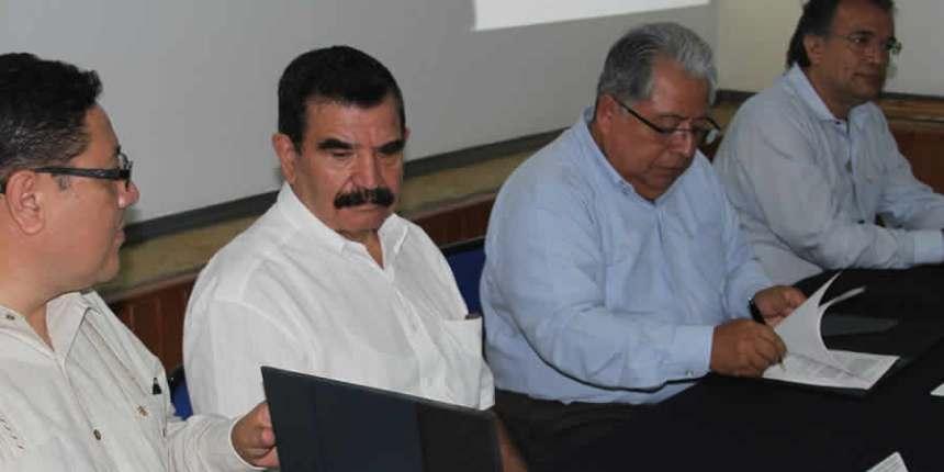 Tecnológico de  Tuxtla firma acuerdo con CRESUR
