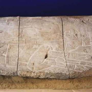 Pieza olmeca de 400 kilos, robada hace 40 años en Chiapas, aparece en París