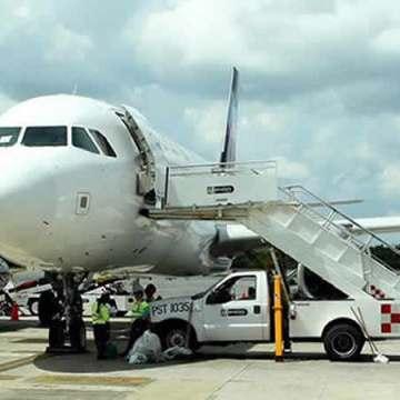 Reanundan operaciones aeropuertos de Puerto Vallarta, Tepic y Colima