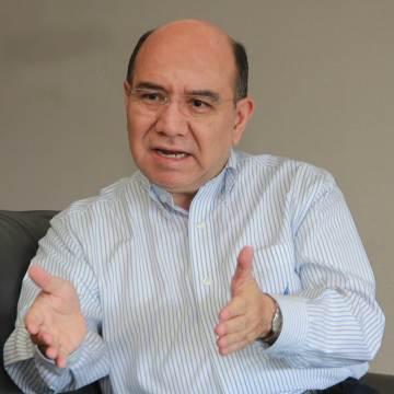 Gobierno del estado llama al diálogo a magisterio