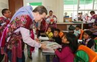 Niñas y niños deben estar en las escuelas tomando clases: Velasco