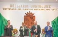 """En Chiapas, reconocen a Enrique Krauze con medalla """"Rosario Castellanos"""""""