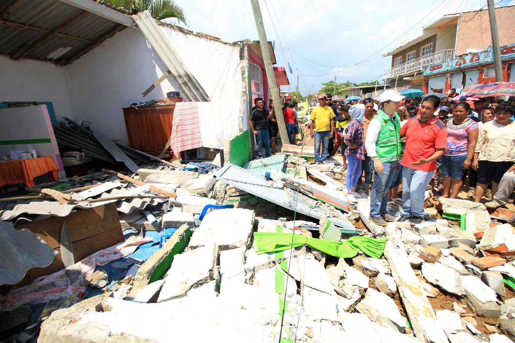 Constata Velasco atención en municipios afectados tras sismo