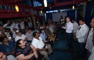 Avanza entrega de apoyos a damnificados: Velasco