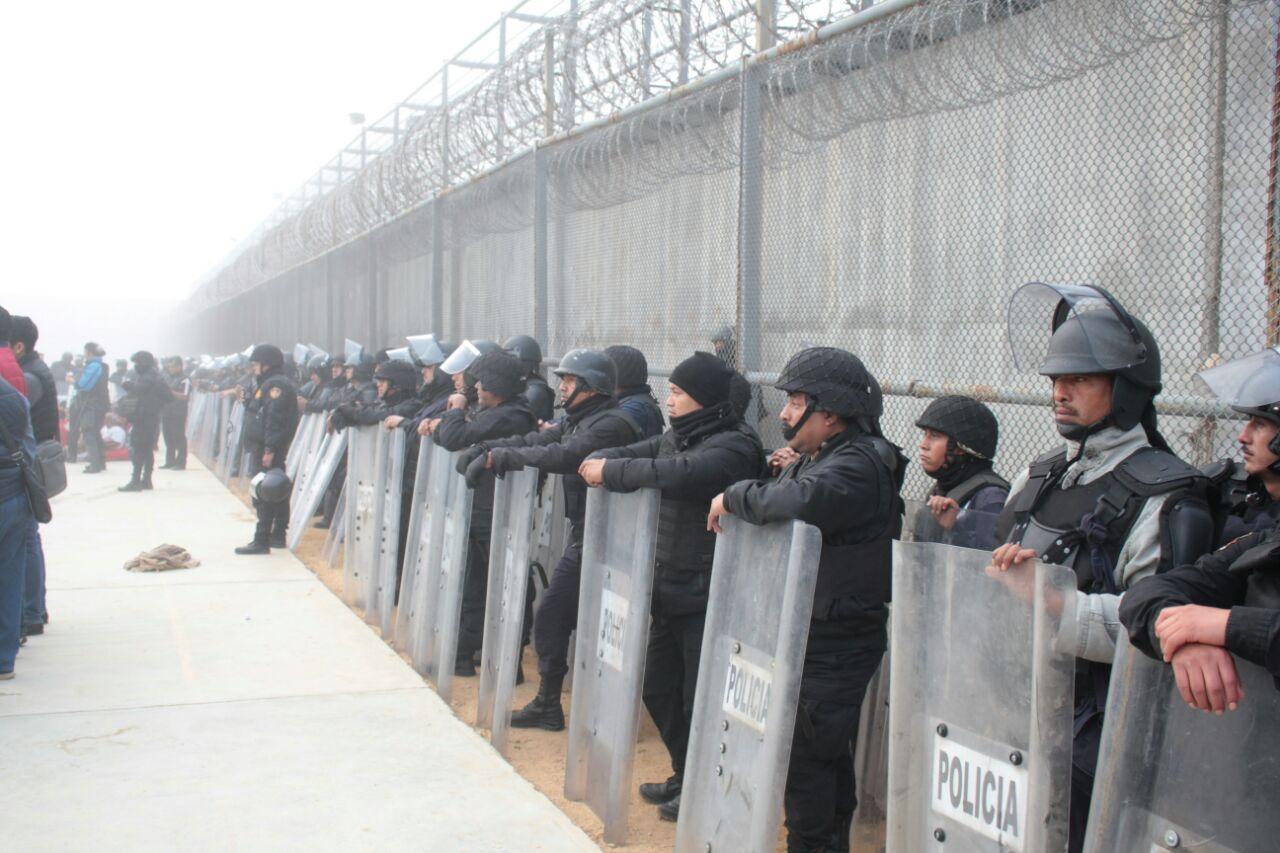"""Continúa de forma pacífica el operativo de SSyPC y Fuerzas Federales en el penal """"El Amate"""""""