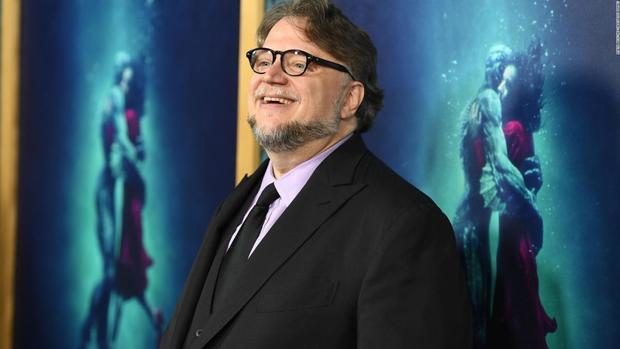 Guillermo Del Toro apoyará a becario