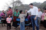 Fortalece Fernando Castellanos el bienestar de las familias de Tierra Colorada