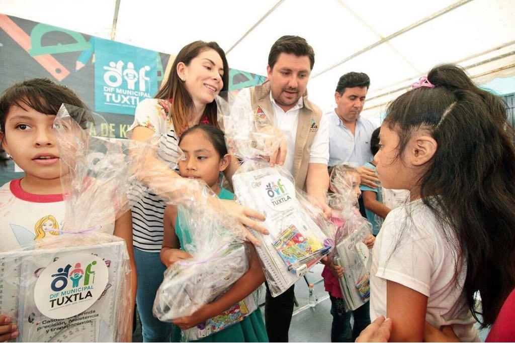 Con el trabajo coordinado entre el Ayuntamiento y el Sistema DIF en Tuxtla las familias tienen bienestar