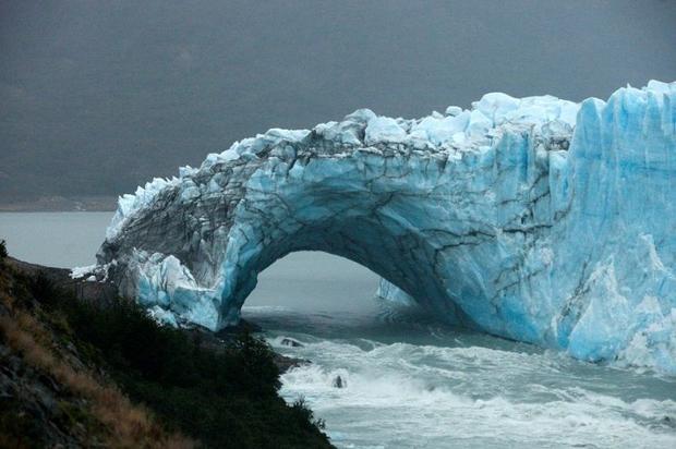 VIDEO:Mira cómo se derrumba un glaciar