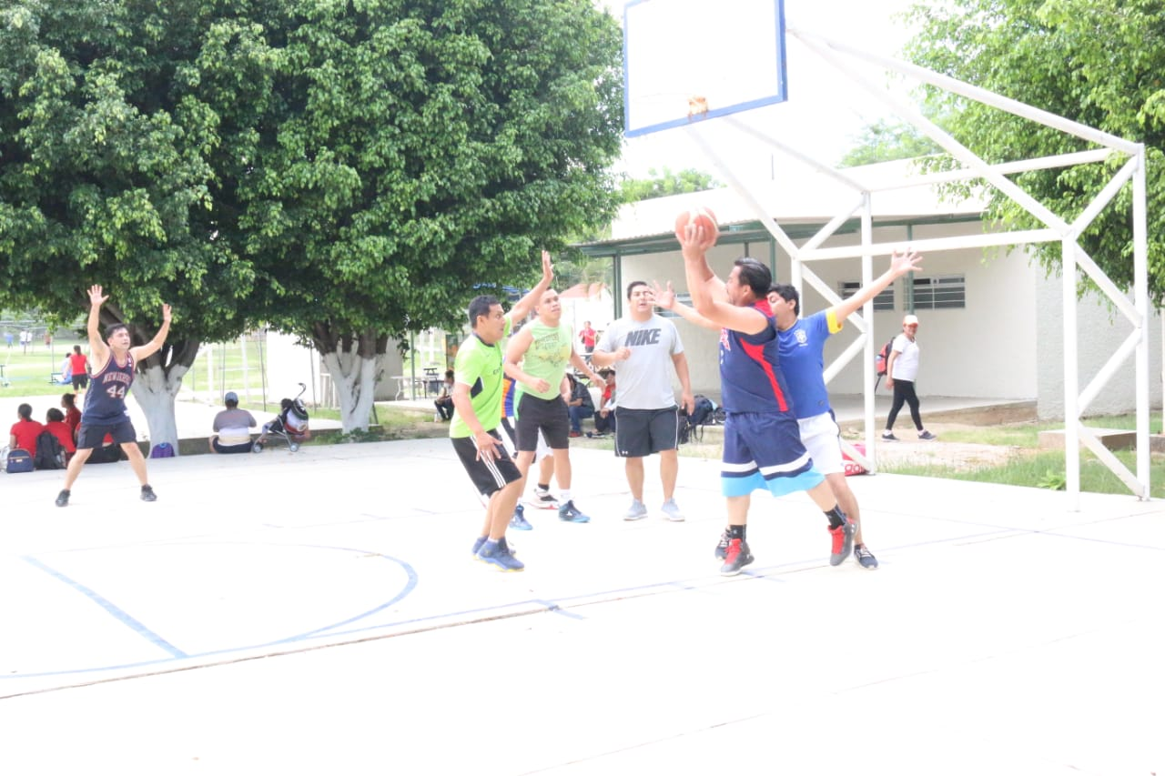 CECyTE Chiapas en encuentro deportivo y cultural de trabajadores